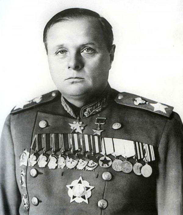 Установка бюста К.А. Мерецкова