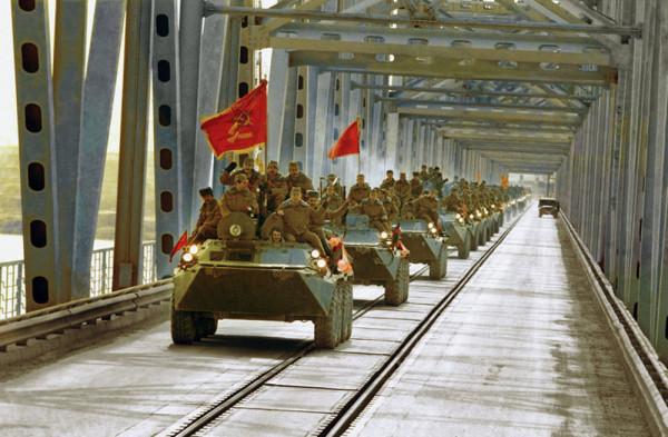 В Тихвине вспоминают павших воинов-интернационалистов